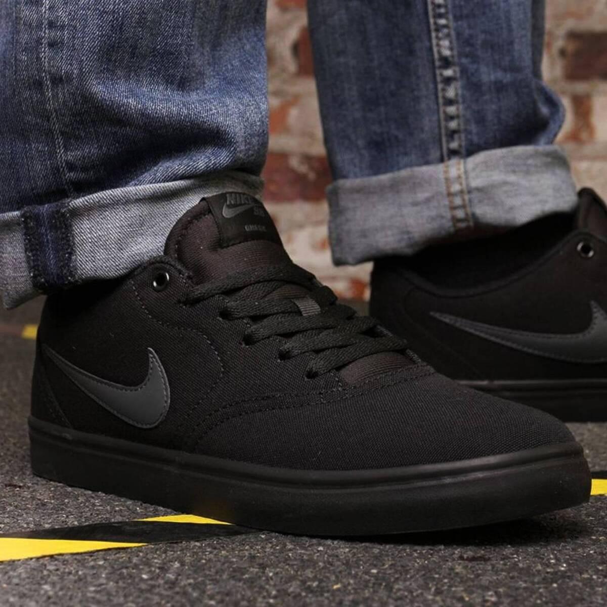 Calzado Nike Sb Check Solar Cnvs Masc N1 Cod 843896002 Nike New York Store No Paraguay Tienda Online De Ropas Accesorios Y Calzados